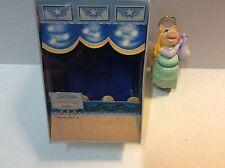 1981 Hallmark Ornament Vintage Divine Miss Piggy w/Original Box QX4255