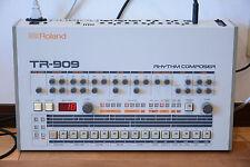 Roland TR-909 Rhythm Composer analog drum machine! professional overhauled!!