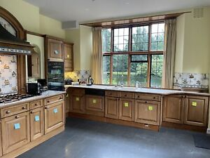 Custom made Shaker / Country Style Solid Oak Kitchen- 27 units/cupboards/drawers