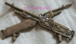 IN18534 - INSIGNE de Classement, Mitrailleur d'Elite, argenté, embouti