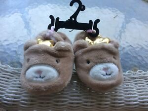 Infant/Toddler Fuzzy House Slippers, size 4