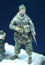 D-Day Miniature 35008 1/35 Hungarian Officer, Szent Laszlo Division 1945