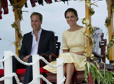 Catherine, Duchess of Cambridge & Prince William UNSIGNED photo - H5923