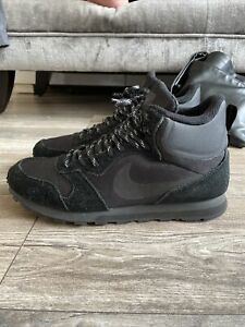 Nike MD Runner 2 Mid Size 10
