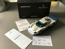 Autoart signature Modell 1:18 Maserati MC12 Road Car 75801