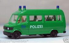 """Herpa 1/87 Mercedes-Benz 207 D """"Polizei-Einsatzwagen"""" // H 646"""