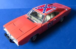 """Dukes Of Hazard 1969 Dodge Charger General Lee Diecast Metal Car 1/18 Scale, 12"""""""