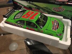 KYLE BUSCH #18 2009 Retro Labonte Throwback Signed  INTERSTATE BATTERIES 1/24