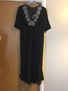 NEW WOMAN'S BLACK DRAPE LOOSE JEWEL SEQUIN SUMMER PARTY MAXI DRESS SIZE 12