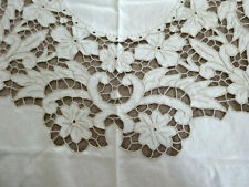 "VINTAGE LINEN 68""x82"" TABLECLOTH WITH EMBROIDERED OPEN WORK & 8 MATCHING NAPKINS"