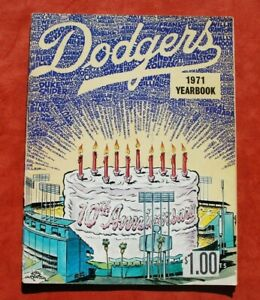 Original 1971 Los Angeles Dodgers Official Baseball Yearbook w/ Steve Garvey EX+