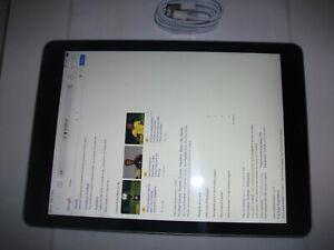 Apple iPad 5th Gen. 32GB, Wi-Fi, 9.7in - Space Grey