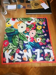 Superbe carré KENZO 100% Soie  Floral Foulard Italy