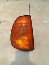 Mercedes Benz W123 Offside Right RHS Driver Genuine Bosch Front Indicator
