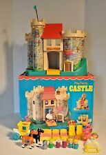 Vintage Fisher Price Little People Castle 993 100 % complete in original box.