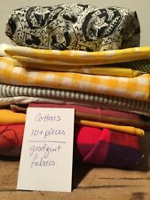 VINTAGE LOT OF COTTON PRINTS & PLAINS - GREAT FOR QUILTS AND CRAFTS