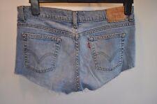 Vintage women's Levis hot pants shorts jeans W 32 zip fly