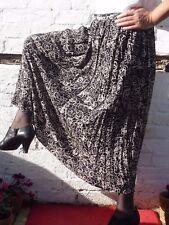 sz 16 18 plus size M&S vtg skirt black fawn viscose elasticated back waist