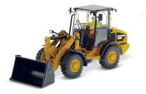 1/50 DM Caterpillar Cat 906H Compact Wheel Loader Diecast Model #85213
