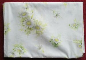 PAIR - pretty sheets, 'SPRINGMAID USA' single/twin size, white delicate floral
