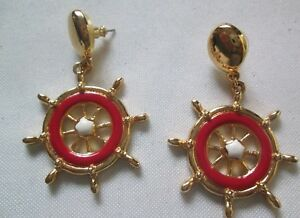 AVON SHIP TO SHORE WHEEL EARRINGS/SURGICAL STEEL POSTS(GOLD-TONE/RED)1994*NEW