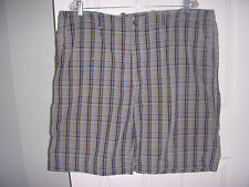 MEN'S Izod Plaid Shorts Green/Black/ Yellow  Size 40