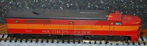 Kato 176-4104 Southern Pacific PA-1 diesel locomotive #6055---DC version