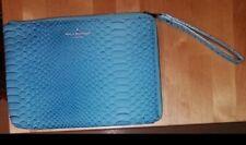 Pochette Bleu ciel imprimé reptile, marque PAUL'S BOUTIQUE