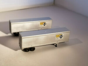 HO Athearn 40' Santa Fe - new style van trailers, new in box