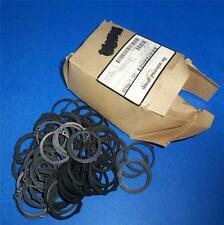 "UNIVERSAL GROUP 1-5/16"" EXTERNAL RETAINING RING 05T174656 *LOT OF 100* *PZF*"