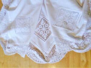 VINTAGE Tablecloth BOBBIN LACE White FLORAL Scalloped