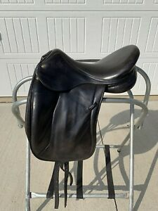 Devoucoux Milady Dressage Saddle