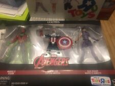 Marvel Avengers Toys R Us Exclusive Sam Wilson Kate Bishop