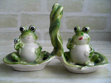CUTE VINTAGE CERAMIC - FROGS - SALT & PEPPER SHAKERS