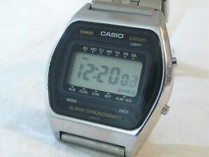 Gents Vintage Japan CASIO Alarm Chronograph LCD Digital Display Wristwatch Watch