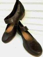 Clarks Flat Shoe Leather Comfort Walker Woman SZ 10 M Ortholite footbed New