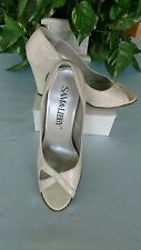 """Sam & Libby® 10M beige leather toe out 3.75""""  pumps"""