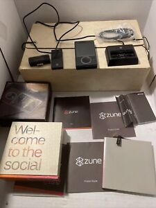 Microsoft Zune 30GB Brown Matching Serial Number Box W/Accessories