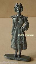 Figurine type ECO - BRETAGNE (Femme) - Collection PROVINCES de FRANCE Mod. Gris