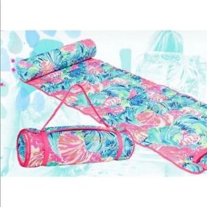 New in BOX Lilly Pulitzer BEACH ROLL UP MAR Beach Please Pink Blue