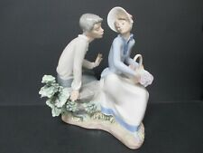 Lladro Nao Daisa 1985 Boy & Girl with Flower Basket