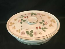 Wedgwood Wild Strawberry Oval Casserole With Lid