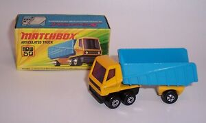 """""""MATCHBOX"""" SUPERFAST SF-50 ARTICULATED TRUCK NO LABELS MINT BOXED"""