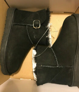 NEW Girls Sz 12 Boots Short Sheepskin Lined MEMBER'S MARK