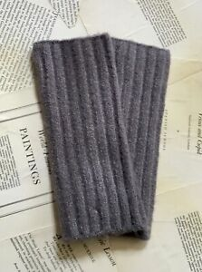 Free People Arm Warmer Fingerless Gloves Ribbed Outside The Lines Gray NEW