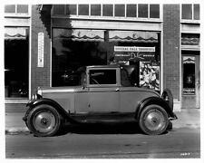 1927 1928 Chevrolet Coupe Automobile Photo Poster zae2315-81DABR
