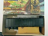 HO scale Athearn Undecorated  50' O B Reefer
