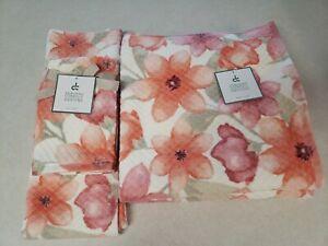 Deborah Connolly Bath Towel 6PC Set Bath Hand Wash Cloth Waffled Floral Coral