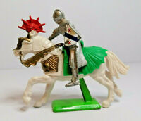 Britains Deetail mounted Knight Vintage Figures Toy Soldiers 1970s Version 1