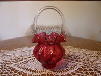 FENTON CRANBERRY MELON RIBBED  BASKET WITH CLEAR TWISTED HANDLE